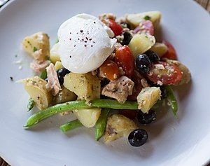 Poached egg - A poached egg in a Salad Niçoise