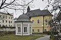 Salzburg Johannesspital Gartenpavillon und ehemalige Kirche.JPG