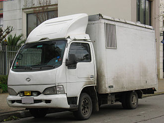 Samsung Commercial Vehicles - The Samsung SV110, a slightly modified Nissan Atlas F23.