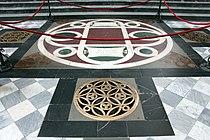 San lorenzo, tomba di cosimo il vecchio pater patriae, 02.JPG
