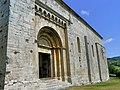 Santa Cecília de Molló, portalada.jpg