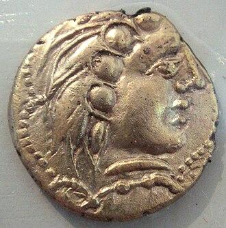 Santones - Image: Santones gold coin 5 to 1st century BCE