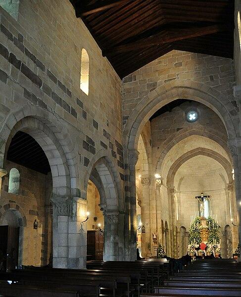 Ficheiro:Sao Pedro de Rates Church2.jpg