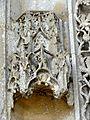 Serans (60), église Saint-Denis, portail, dais de l'archivolte.jpg