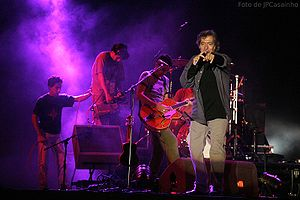 Sérgio Godinho - Sérgio Godinho live in Avante! (2004).