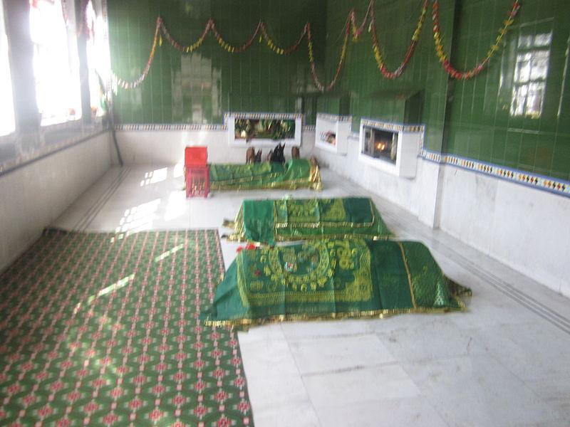 Shrine Baba Budda Ji Nakodar.JPG
