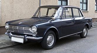 Simca 1300/1500 - Image: Simca 1300 Serie 1 front 20110114
