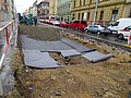 Smíchov, Plzeňská, rekonstrukce TT, válec Švestka, u hřbitova.jpg