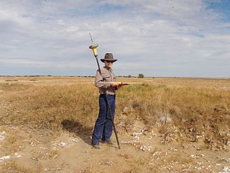 Department of Environment and Heritage Protection (Queensland) - An employee monitoring the Great Artesian Basin