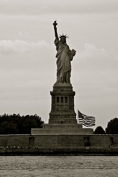 descriptive essay on the statue of liberty The best and complete collection of statue of liberty facts for kids that will help  you learn all about the statue of liberty get to know its height, weight, other.