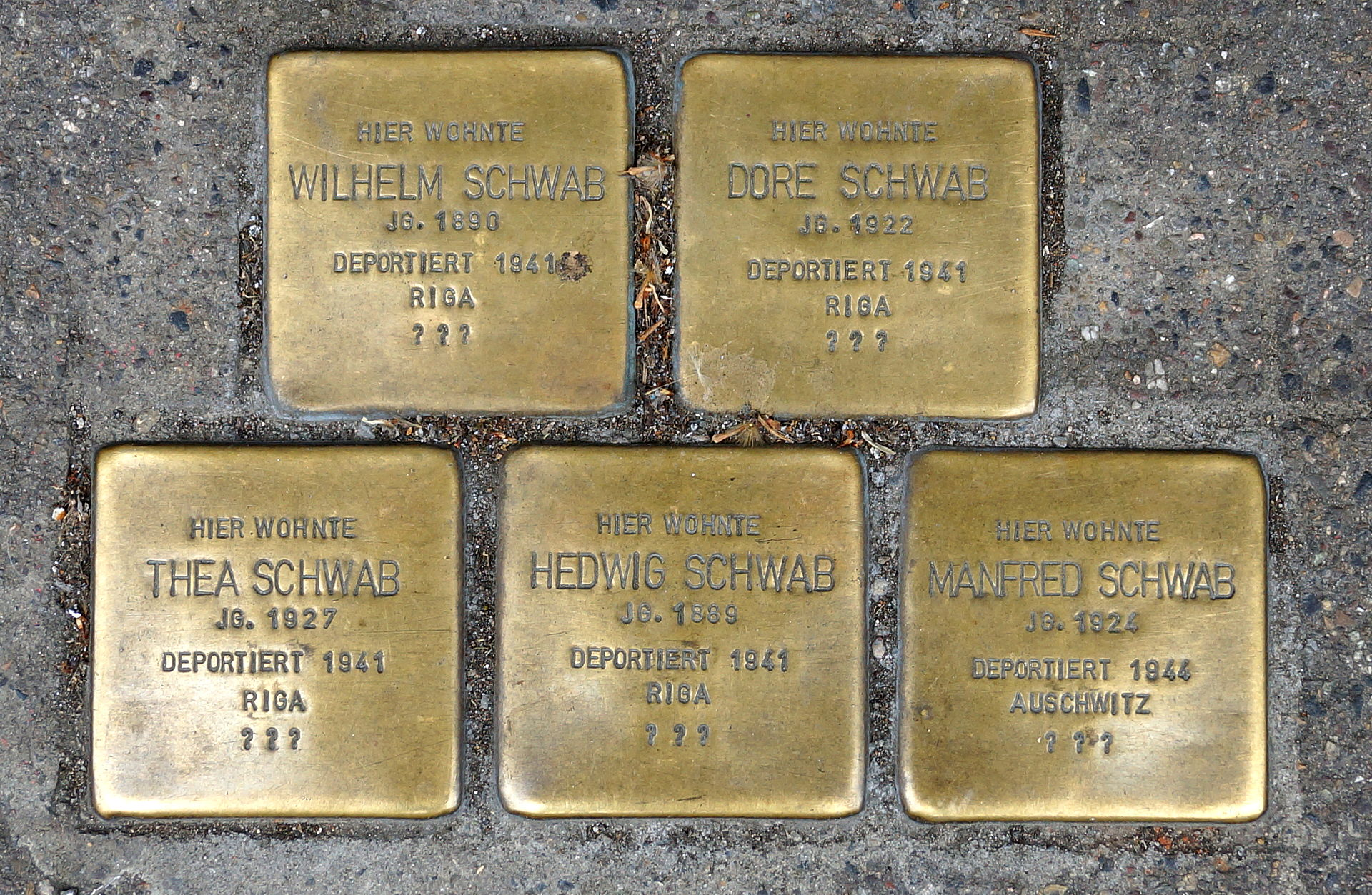 Stolperstein - Stuttgart - Brückenstraße 42 - Wilhelm, Dore, Thea, Hedwig, Manfred Schwab.JPG