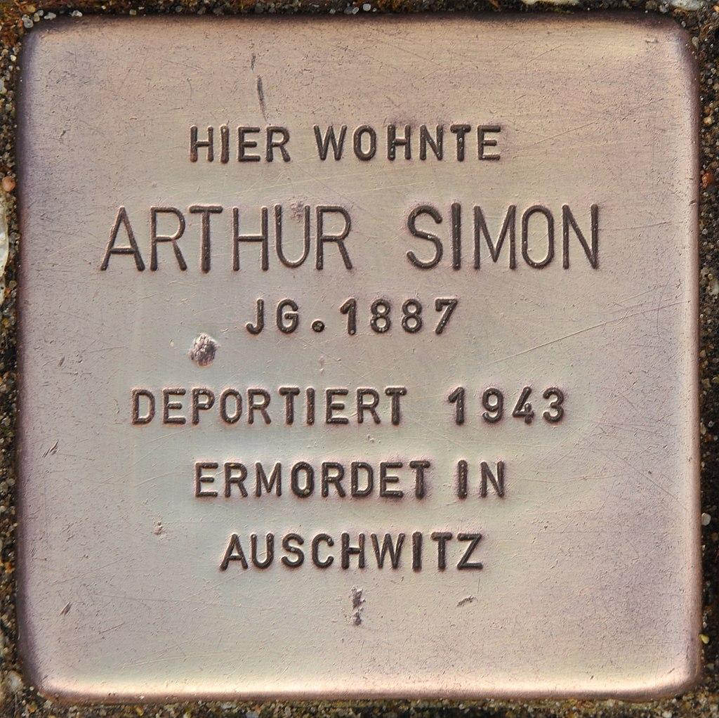 Stolperstein für Arthur Simon (Luckau).jpg