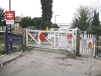 Stone, Kent - Stone Crossing railway station level crossing