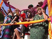 Sylvia Rivera e Marcella di Folco al Word Pride di Roma del 2000.