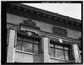 TOP FLOOR WINDOWS. - Hotel Lenox, 1100-1116 Southwest Third Street, Portland, Multnomah County, OR HABS ORE,26-PORT,5-14.tif