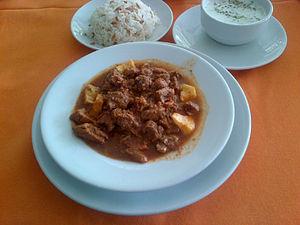 Tas kebap - Tas kebap, Turkish pilav with orzo, and cacık.