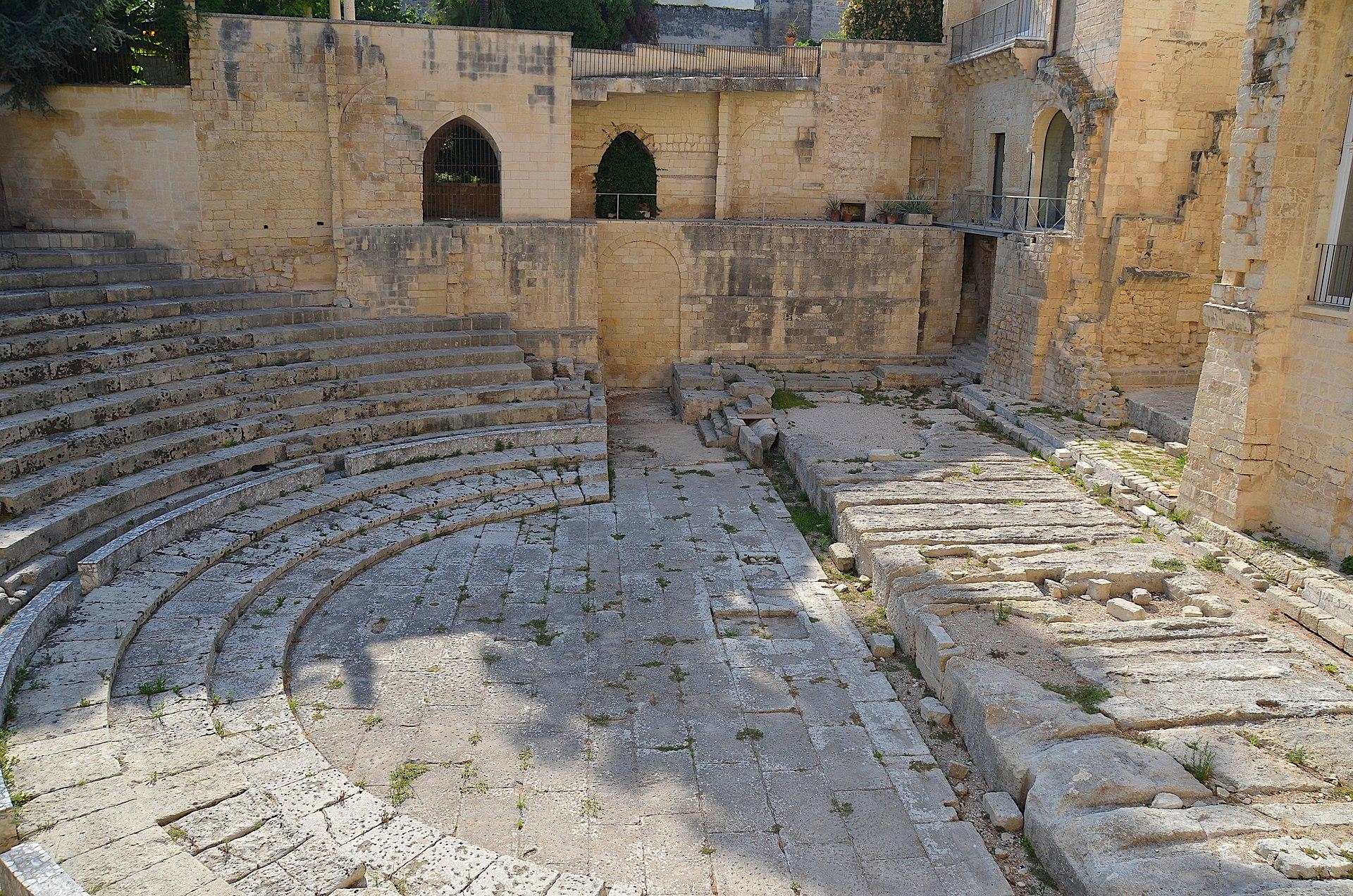 Teatro Romano (Lecce).jpg