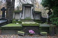 Tekla Trapszo i Aleksander Krywult grób 01.JPG