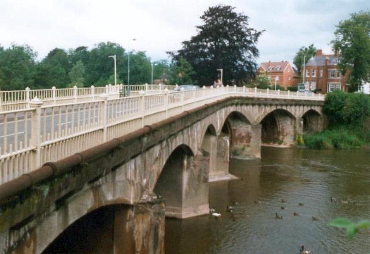 Teme Bridge, Tenbury Wells.jpg