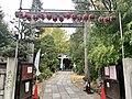 Tenso Jinja Shrine, Kameido, Sando.jpg