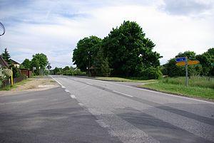 Tessenow Straße zur Autobahn.jpg