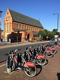 TfL cycle hire docking point at Lavender Hill, London.JPG