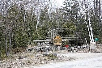"Jens Jensen (landscape architect) - Entrance to ""The Clearing"""