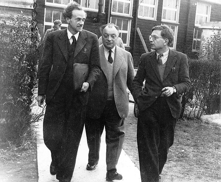 File:The physicists Paul Dirac, Wolfgang Pauli and Rudolf Peierls, c 1953. (9660575591).jpg