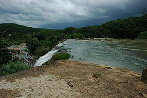 Tirparappu Waterfalls - Image: Thiruparappu falls