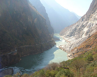 Tiger Leaping Gorge - A close up view of the gorge.