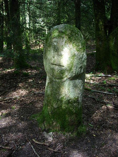 Menhir known as Babouin, Trédion (Morbihan, France)