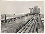 Train tracks on Harbour Bridge, 1932 (8282716303).jpg