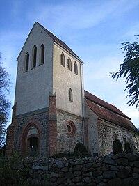 Trollenhagen-Kirche-01.jpg