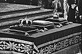 Troonswisseling 30 april , inhuldiging in Nieuwe Kerk close up credens tafel, Bestanddeelnr 930-8057.jpg