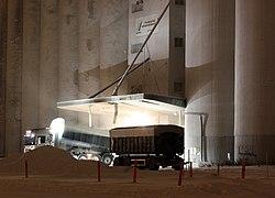 Truck at SOK Toppila Mill 20110103.JPG