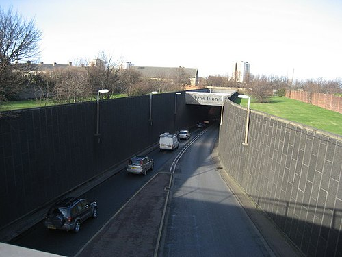 Tyne Tunnel Southern Entrance Tyne Tunnel - Southern Entrance - geograph.org.uk - 324288.jpg