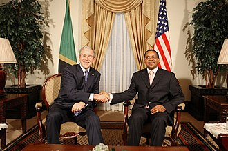 Ikulu - Image: U.S. President Bush and Tanzanian Presdent Jakaya Kikwete
