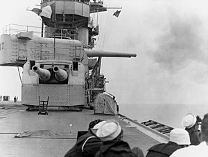Lexington-class aircraft carrier - Lexington firing her 8-inch guns, 1928