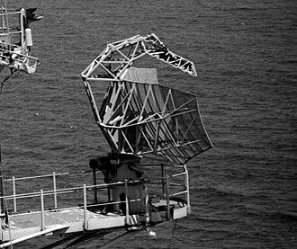 AN/SPS-40 - Image: USS Raleigh (LPD 1) SPS 40 radar