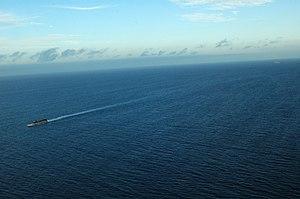 US Navy 120210-N-XH369-174 Landing Craft Utility (LCU) 1635 launches from the amphibious assault ship USS Peleliu (LHA 5).jpg