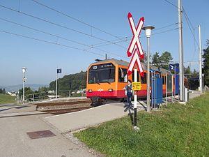 Ringlikon railway station - Image: Uetlibergbahn Ringlikon I