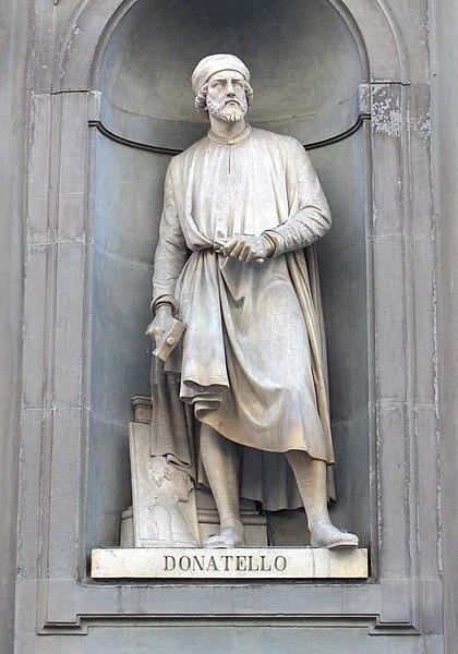 دوناتيلو : Donato di Niccolò di Betto Bardi؛ 1386 - 1466)  420px-Uffizi_Donatello