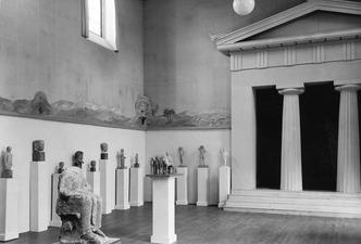 Utställning Före Fidias . Tempelfasaden. Stockholm. utställning. Sverige - SMVK - C08755.tif
