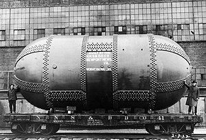 Variable Density Tunnel - The tank of the Variable Density Tunnel arriving in 1922
