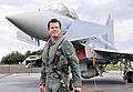Verteidigungsminister Karl-Theodor zu Guttenberg - Eurofighter.jpg