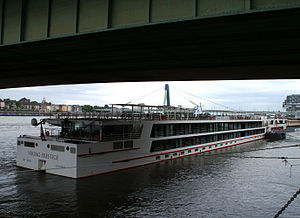Viking Prestige (ship, 2011) 004.jpg