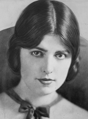 Virginia Rappe, head-and-shoulders portrait) - Hoover LCCN2006686217 (cropped) (cropped).tif