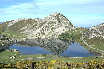 Vistas lagos de covadonga 10.jpg
