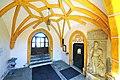 Voelkermarkt St Margarethen Pfarrkirche Vorhalle 22082012 062.jpg