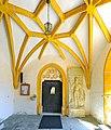 Voelkermarkt St Margarethen Pfarrkirche Vorhalle 22082012 063.jpg